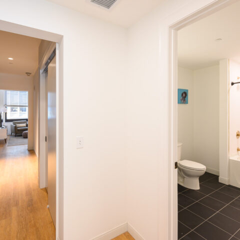 hallway and bathroom in 101 dupont place 1 bedroom apartment wilmington delaware