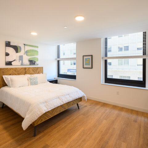 bedroom with windows in 101 dupont place apartment wilmington delaware