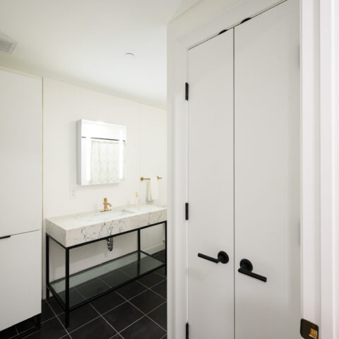 bathroom with linen closet in 101 dupont place 2 bedroom apartment wilmington delaware