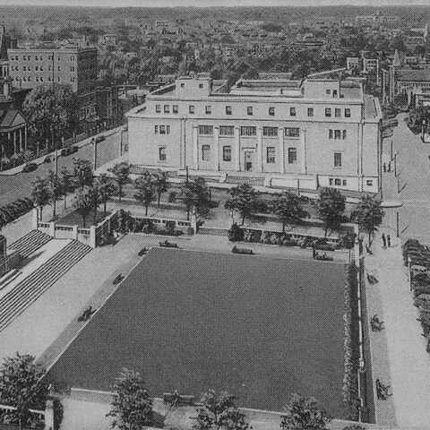 Historic postcard of Rodney Square in Wilmington DE