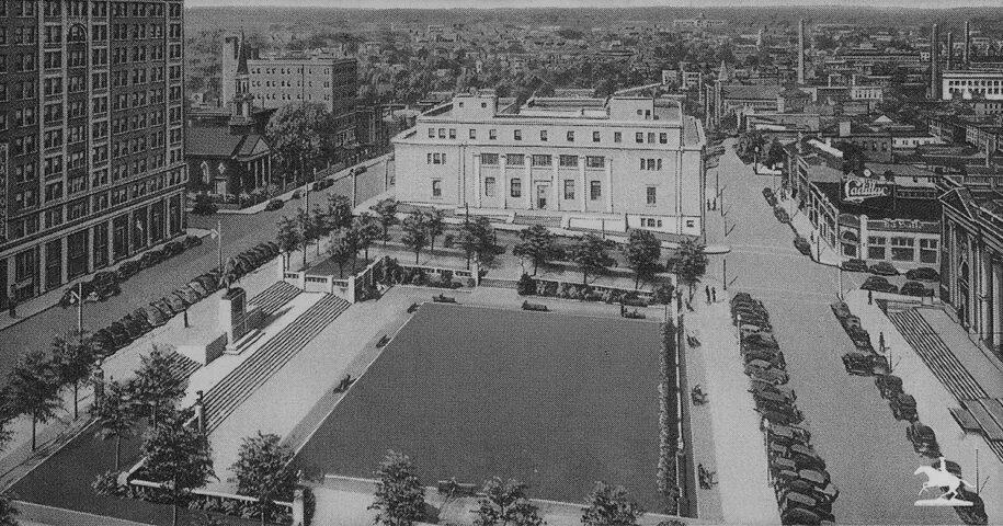 Historic postcard of Rodney Square in Wilmington DE