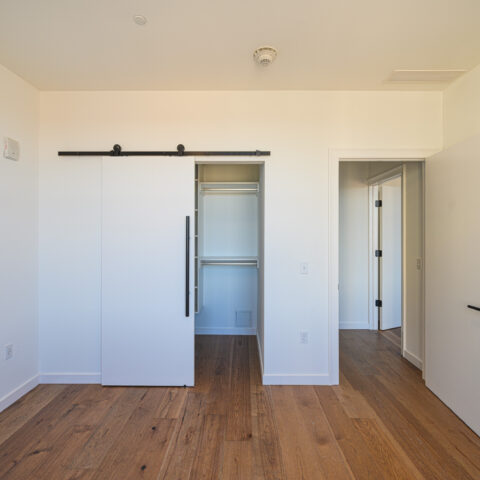 Three-Bedroom Apartment Home at 101 dupont place in Wilmington Delaware